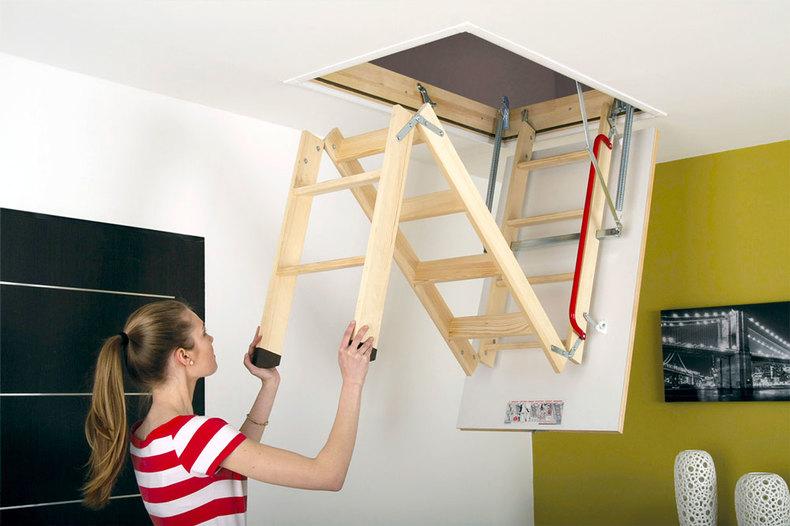 Folding loft ladder