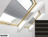 Pleated roof window blind